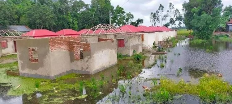 উপহারের ঘরে অনিয়ম, পিএমও'র টিম পরিদর্শনে সিলেট-হবিগঞ্জ