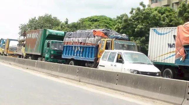কুমিল্লা-সিলেট মহাসড়কে দীর্ঘ যানজট
